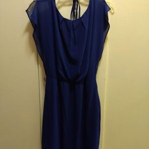 The Limited blue crepe style dress